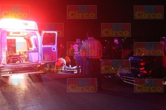 ¡Desigual choque deja seriamente lesionada a una mujer motociclista en Lagos de Moreno!