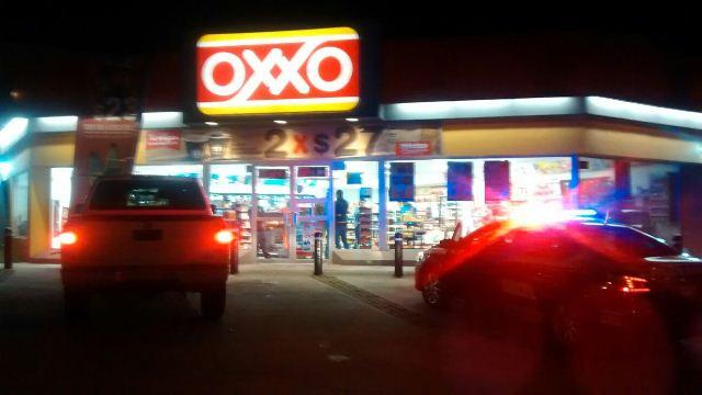 ¡Capturaron a 2 delincuentes que asaltaron una tienda OXXO en Aguascalientes!