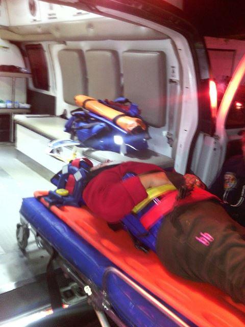 ¡6 lesionados tras fuerte choque entre un auto y un camión urbano en Aguascalientes!