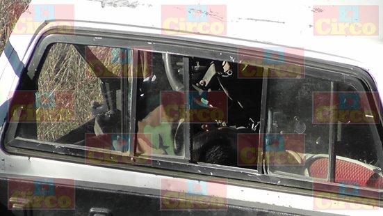 ¡Choque frontal de 2 camionetas dejó 1 muerto y 2 lesionados en Fresnillo!