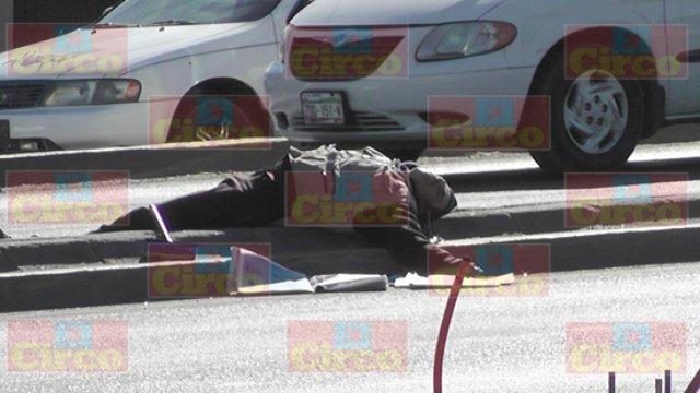 """¡Ejecutaron al voceador y limpiaparabrisas """"El Lechuga"""" en Fresnillo! VIDEO Y FOTOS"""