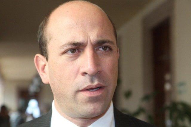 ¡Manuel Cortina reconoció recortes de personal en el Gobierno Municipal!