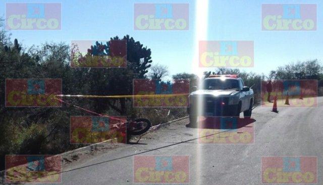 ¡Motociclista se mató tras chocar contra un poste en Lagos de Moreno!