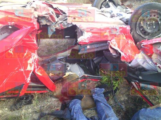 ¡Aguascalentense murió partido en dos tras espantoso accidente en Lagos de Moreno!