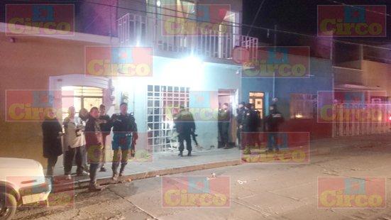 ¡Sicarios iban por un sujeto y al no encontrarlo hacen disparos y causan destrozos en una casa en Aguascalientes!