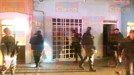 GALERIA/¡Sicarios iban por un sujeto y al no encontrarlo hacen disparos y causan destrozos en una casa en Aguascalientes!