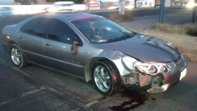 ¡Motociclista lesionado tras chocar contra un auto en Aguascalientes!