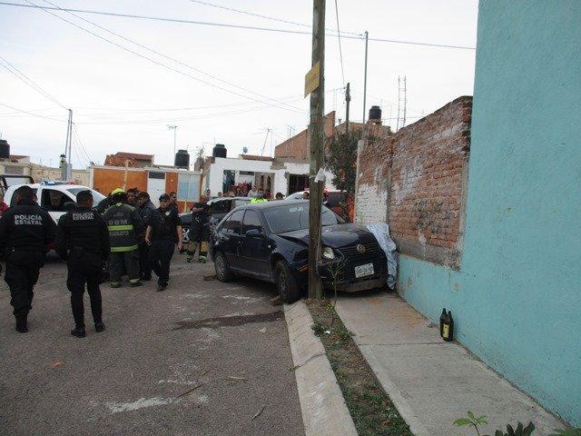 ¡Mujer atropelló y mató a 2 niños en Aguascalientes al querer aprender a manejar!
