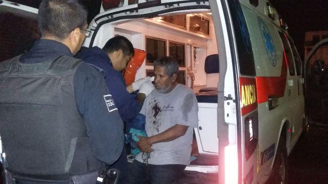¡A golpes asaltaron a un taxista y lo despojaron del auto de alquiler en Aguascalientes!