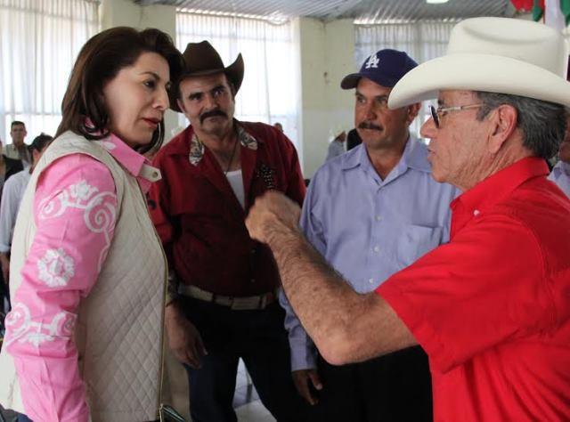 ¡Lorena Martínez ve viable aumentar la producción del campo!
