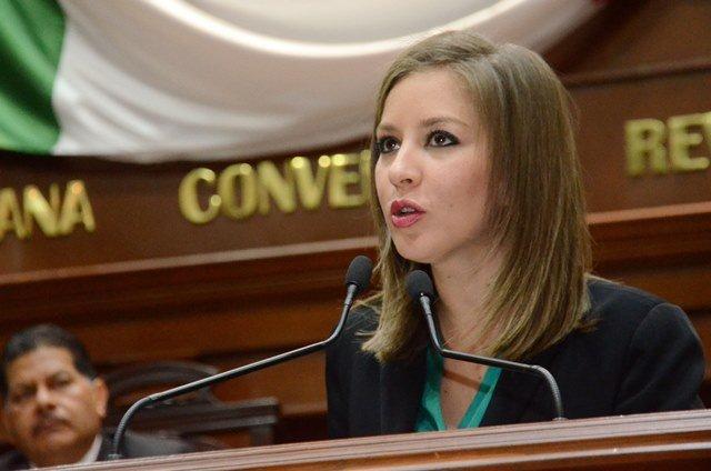 ¡Anayeli Muñoz promueve una ley para que todos los proyectos de obra cuiden el medio ambiente!