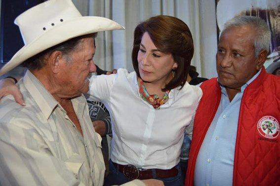 ¡Lorena cree en la honestidad y entereza de las personas del campo!