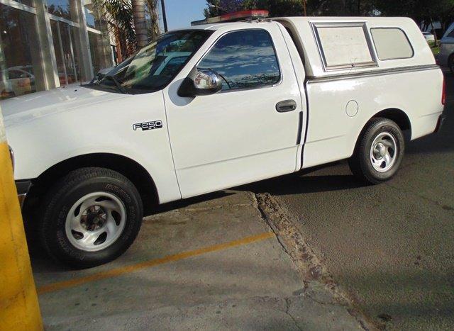 ¡Joven empleado murió tras caer de una camioneta en movimiento en Aguascalientes!