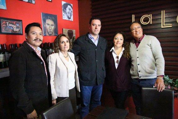 ¡Migrantes de Chicago manifiestan su respaldo a Alejandro Tello!