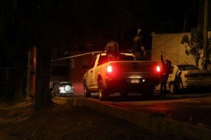 Persecución termina en balacera en Las Arboledas_01