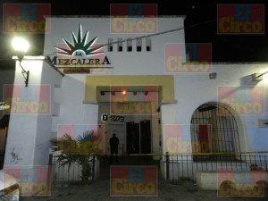Un muerto y dos heridos con arma blanca dejo riña de la calle J. Pani en Aguascalientes_04