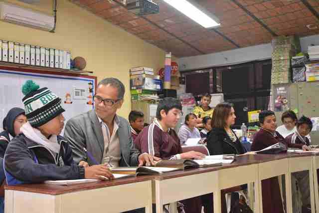 ¡Promueve Antonio Arámbula programa de valores en instituciones educativas de Jesús María!