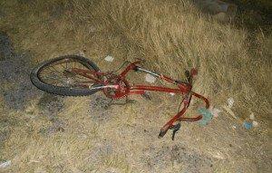 Ciclista sufre amputación de sus dos piernas al ser impactado por auto fantasma_01