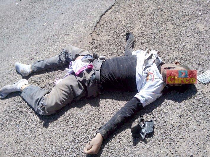 ¡2 estudiantes muertos y 1 lesionado tras fuerte accidente en Aguascalientes!