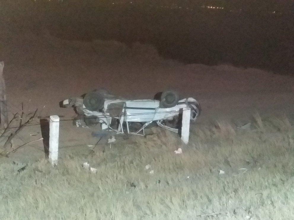 ¡Tragedia de una familia vecina de Zacatecas: Mueren dos y 3 resultan heridos en choque-volcadura en Cosío!