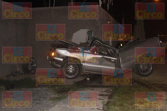 GALERÍA/¡3 jóvenes muertos tras espantoso choque-volcadura en Lagos de Moreno!