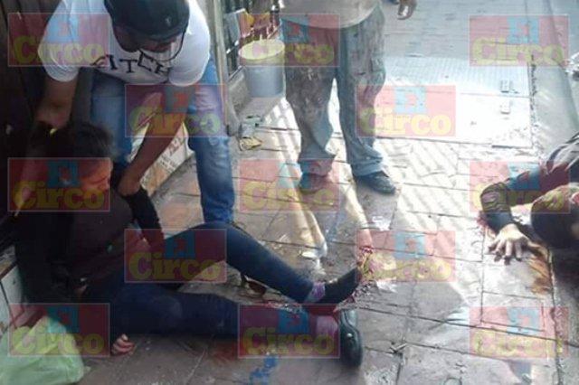 ¡1 mujer muerta y 15 lesionados al ser arrollados por una camioneta en San Juan de los Lagos!