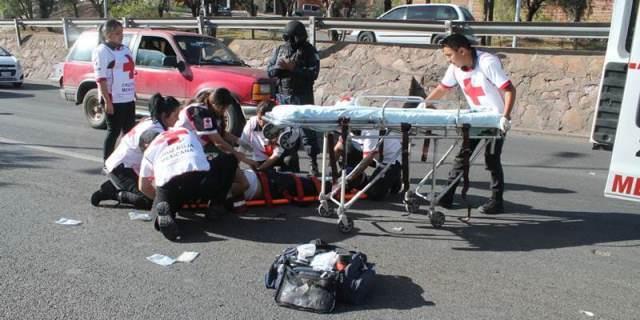 ¡Grave motociclista que se accidentó en Guadalupe, Zacatecas!