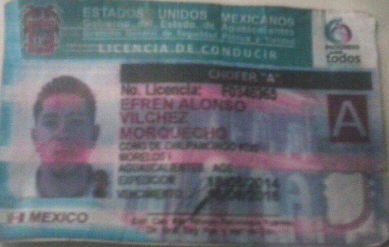 Intentó engañar a la policía con una licencia impresa en papel