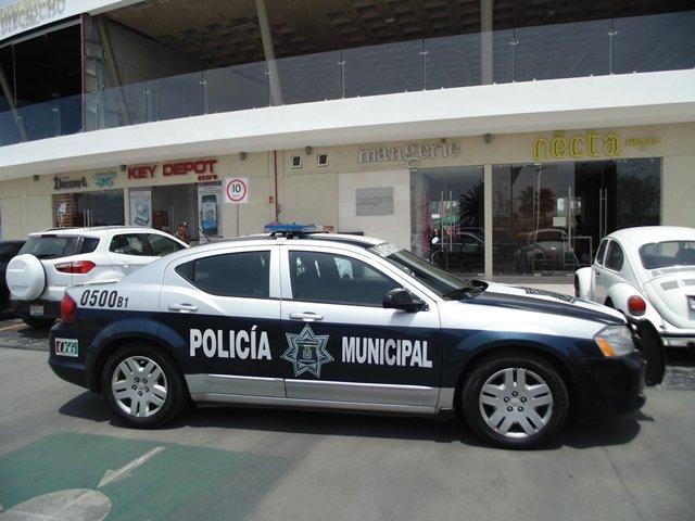 """¡Pistolero asaltó a comensales de un restaurante en la """"zona dorada"""" de Aguascalientes!"""