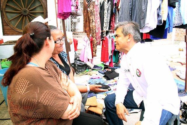 ¡Garantiza el Dr. Ríos solución a problemas y necesidades de tianguistas!