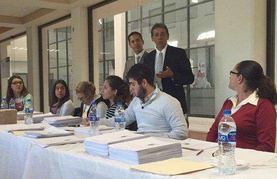¡Isidoro Armendáriz desaparece más de 250 mil pesos!