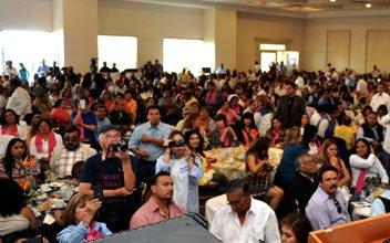 ¡Se manifiestan maestros en Aguascalientes para exigir respeto a derechos laborales!