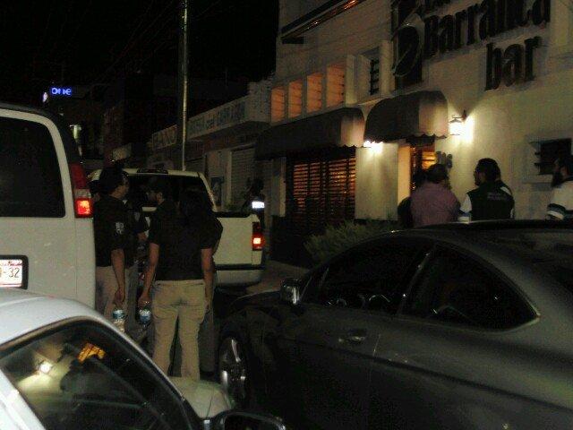 Operativo del INM, Fiscalía y reglamentos en bar Las Flores