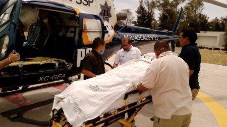 Trasladan a Guadalajara en el Águila 1 a lesionado en flamazo de Loma Bonita
