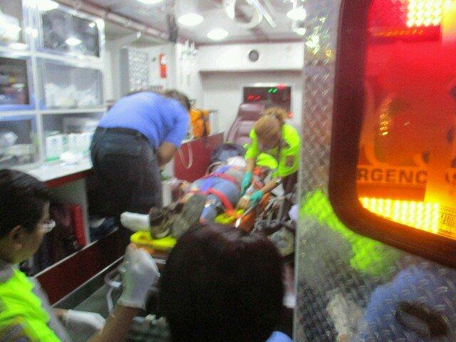 Grave mujer arrollada por auto fantasma en la carrtera 45 sur
