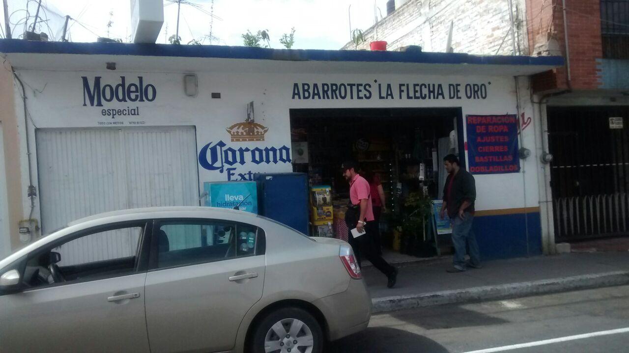 Asaltan tienda de abarrotes en el barrio de San Marcos