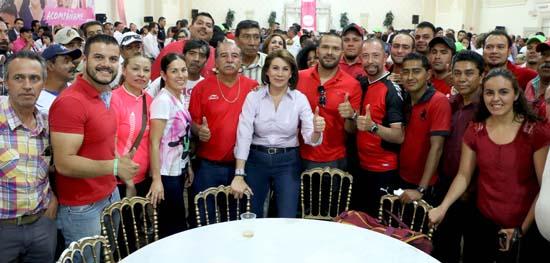 ¡Creará Lorena Martínez infraestructura deportiva en todo el estado!