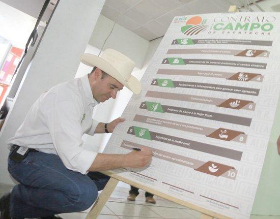 ¡Tello garantiza que el campo zacatecano sea fuente de empleos y riqueza!