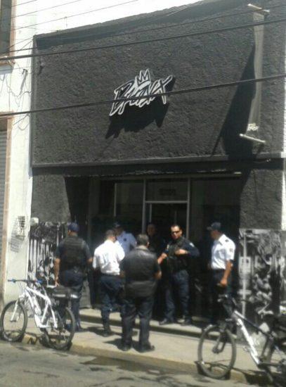 Solitario sujeto asalta tienda de ropa en la Zona Centro de Aguascalientes