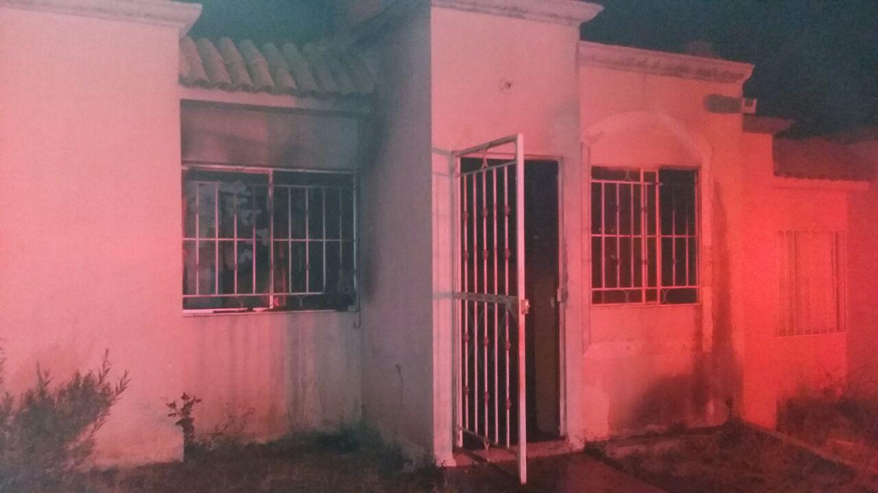 Incendian la casa donde vive una mujer y su hijo en VNSA