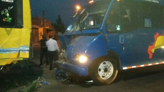 Choque de camiones deja como saldo seis lesionados en Aguascalientes
