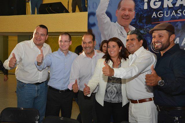 ¡Gobernadores electos del PAN se comprometen con Anaya a mejorar salarios y seguridad: Martín Orozco!