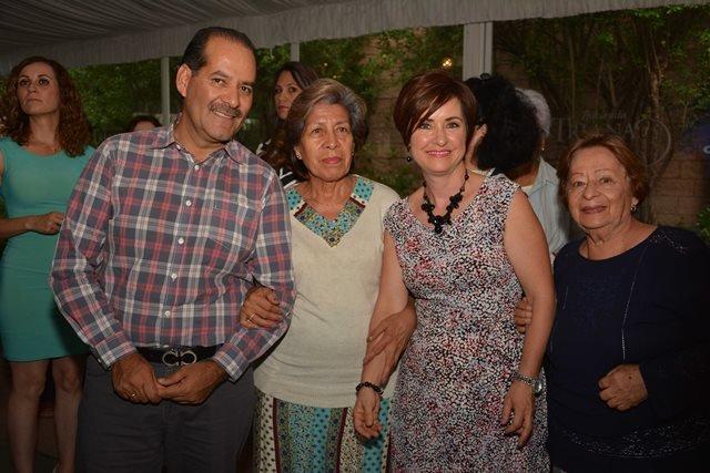 ¡Combatir la desintegración familiar y recomponer el tejido social será prioridad: Martín Orozco y Yola Ramírez!