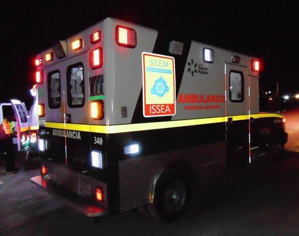 ¡Una mujer falleció tras la volcadura de una camioneta en Aguascalientes!
