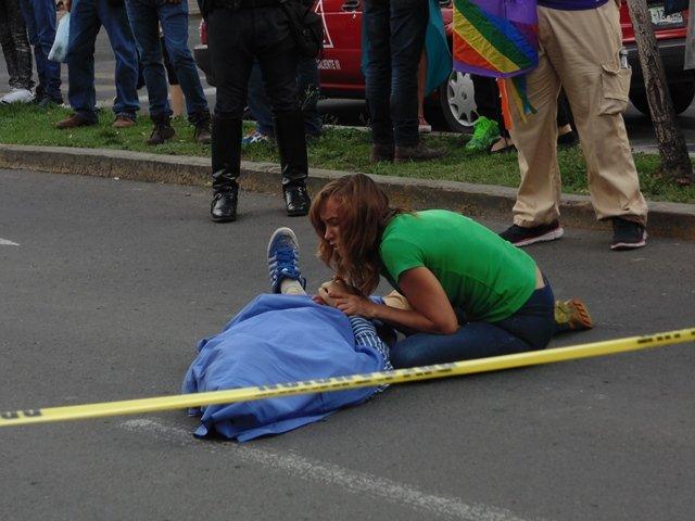 GALERIA/JOVEN QUE PARTICIPABA EN MARCHA GAY MURIÓ ATROPELLADO EN AGUASCALIENTES