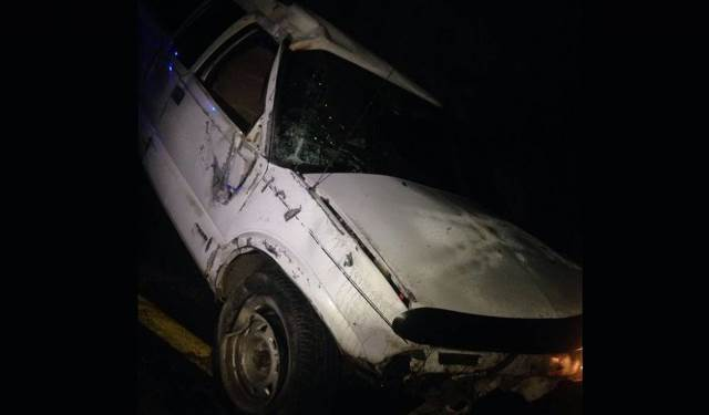 ¡1 muerto y 1 lesionado dejó la volcadura de una camioneta en Tepechitlán, Zacatecas!