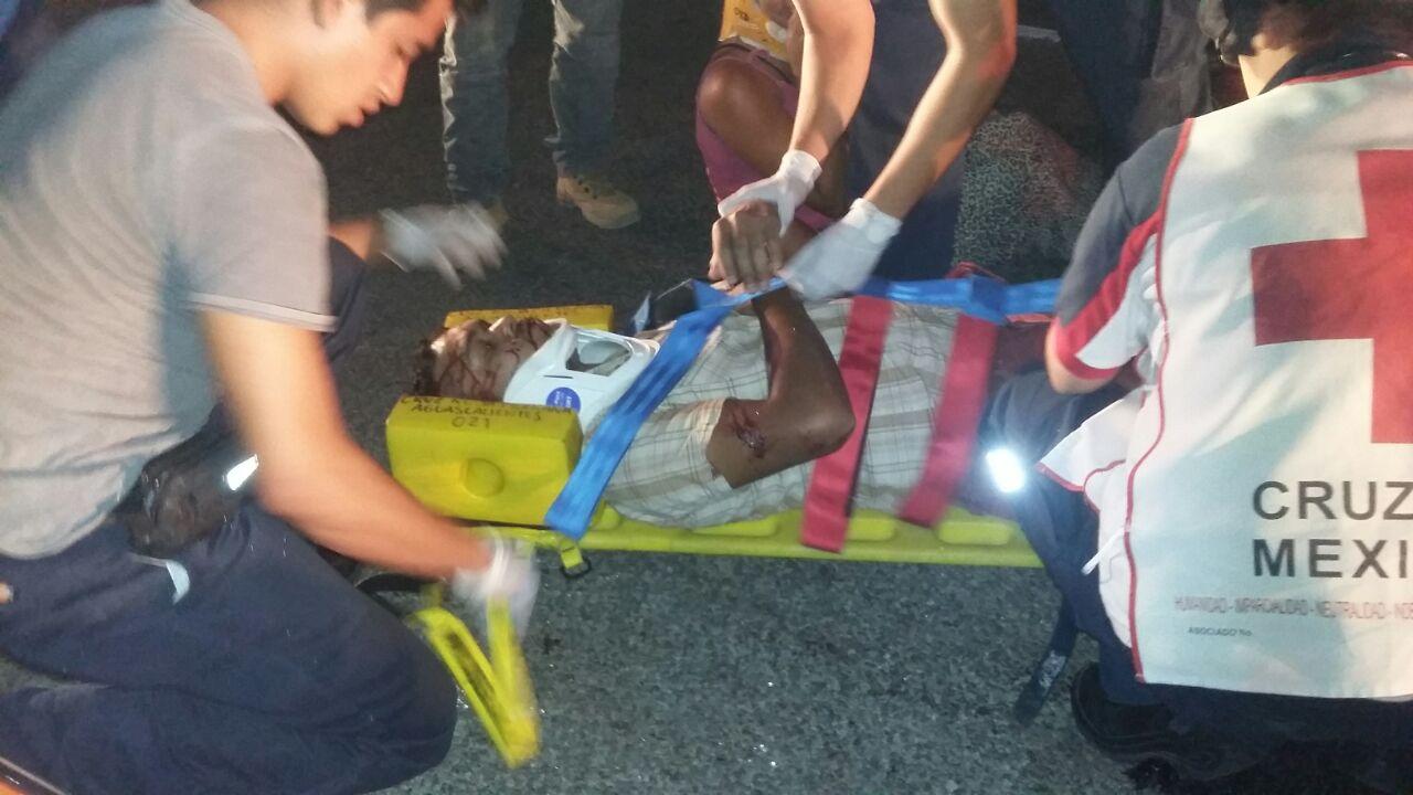Dos heridos en aparatoso y desigual choque