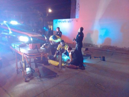 Grave velador arrollado por una radio patrulla en Aguascalientes