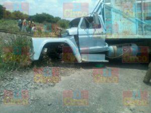08_63_04_585_Muere automovilista que intentó ganarle el paso al tren en Lagos de Moreno_1