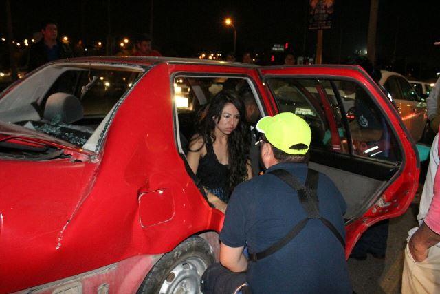 ¡Camión urbano provocó carambola en Aguascalientes con saldo de 2 lesionados!